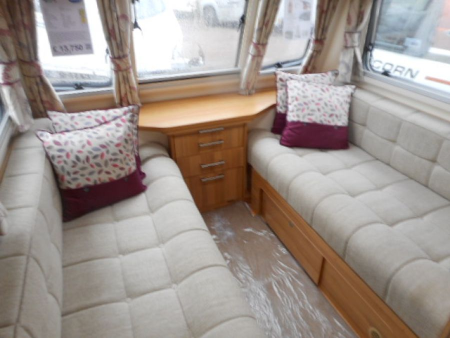Image of 2013 Bailey Pegasus GT65 Rimini - end washroom 4 berth with Twin fixed singles + FREE starter pack